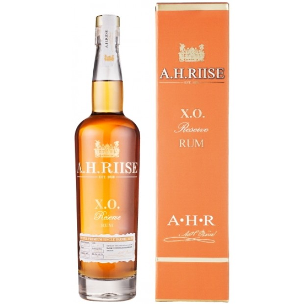 A.H. Riise XO Reserve Rum. 40%
